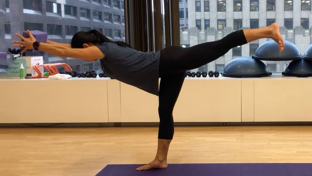 Build Your Top To Toe Muscle Strength With This Vinyasa Sequence Doyou