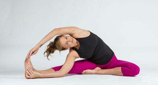 3 Yoga Poses To Stretch Your Side Body Doyou