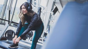 Here's the 30-Minute Playlist That'll Get You Up and Moving