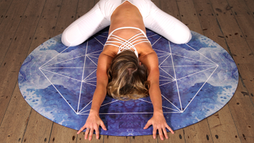 Yoga for Scoliosis: 5 Best Poses for Spine Curvature