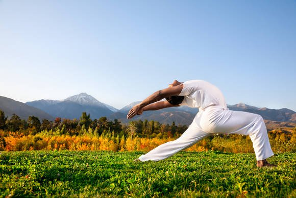 4 Simple Yoga Poses to Improve Your Flexibility