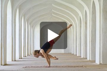 Yoga for Beginners - Coordinating Your Breath With Movement (VIDEO)