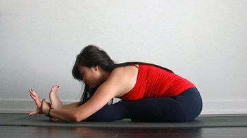 How To Do Seated Forward Bend Pose