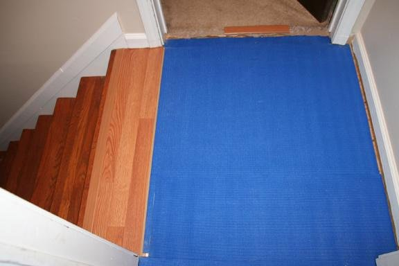 10-Creative-Ways-To-Re-Use-Your-Old-Yoga-Mat-10