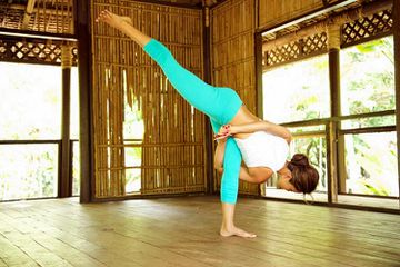 3 Tips for Proper Feet Alignment in Yoga
