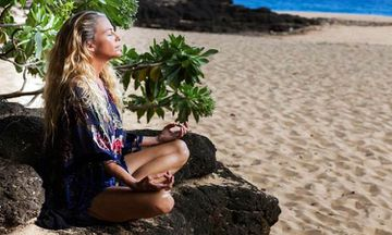 3 Tips To Keep Your Yoga Practice Momentum While You're On Vacation