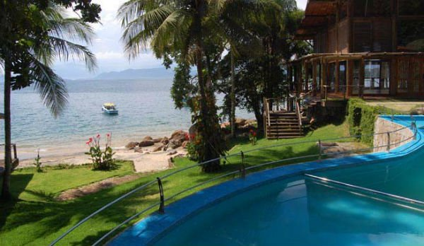 Yoga retreat The Island Experience, Ilha Grande, Brazil