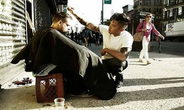 NY Barber Gives Free Haircuts for the Homeless