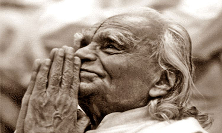 Yoga-Guru-And-Legend-B.K.S.-Iyengar-Has-Passed-Away