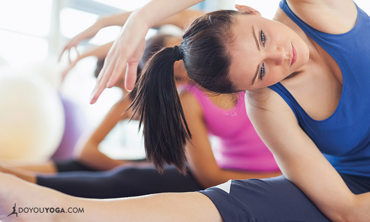 5-Tips-To-Score-A-Yoga-Teaching-Job-At-Your-Favorite-Studio