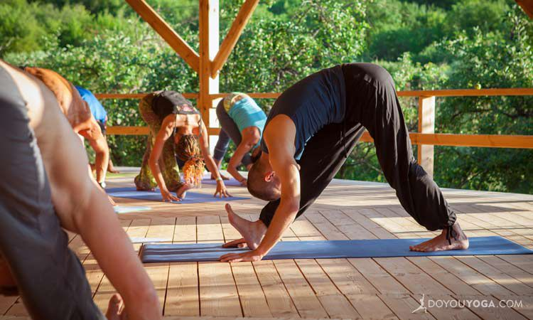 6 Tips For Selecting A Yoga Teacher Training Program Doyou