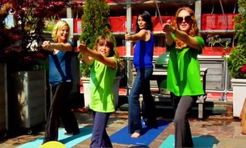 9-Year-Old Yogini Talks to Amy Poehler About Yoga (VIDEO)