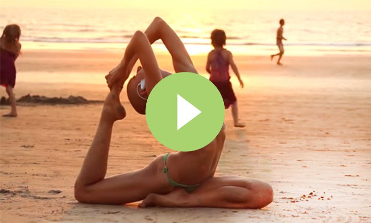 Incredible Free-Form Yoga in Goa, India (VIDEO)