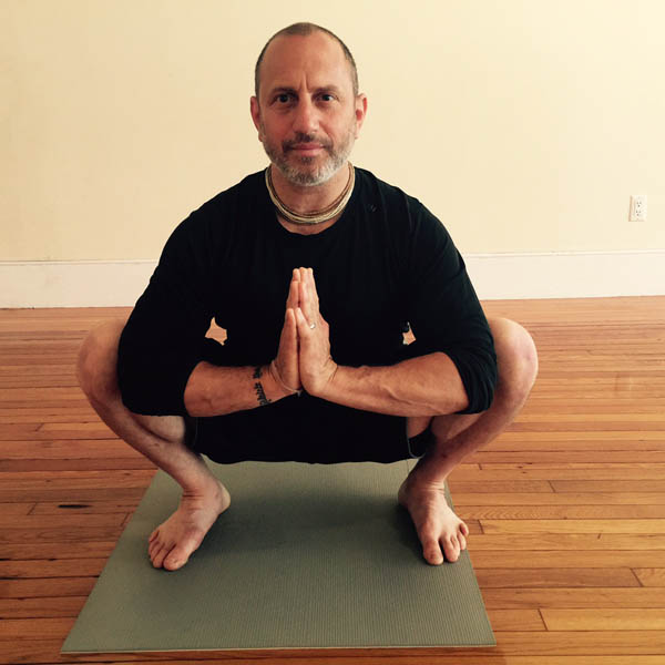 4 Yoga Poses For Men With Tight Hips Doyou