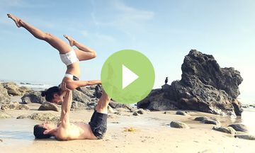 Stunning AcroYoga Sequence With Briohny Smyth and Dice-Iida Klein (VIDEO)