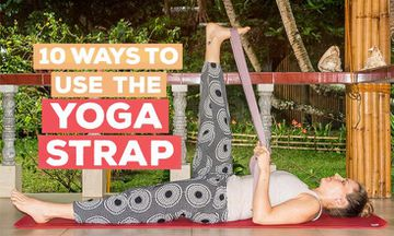 10 Ways to Use the Yoga Strap (With Photos)