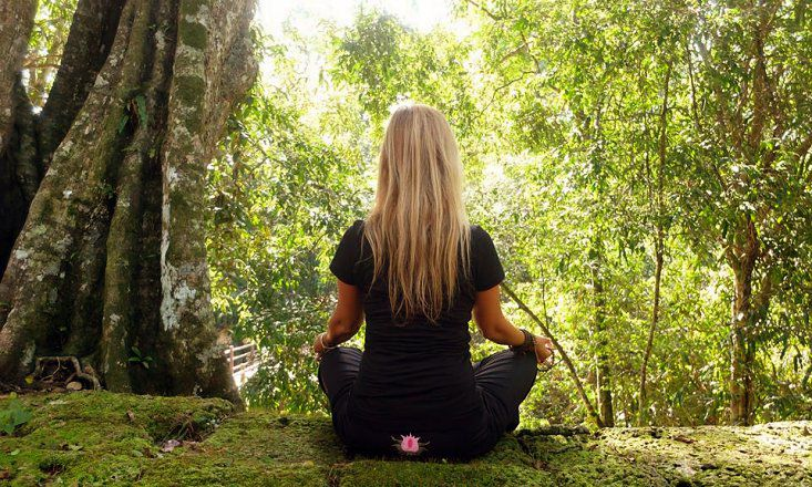 5 Ways Meditation Lessens Distraction
