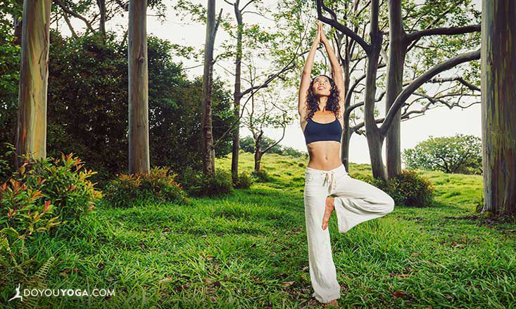7 Yoga Poses You Can Do on a Walk