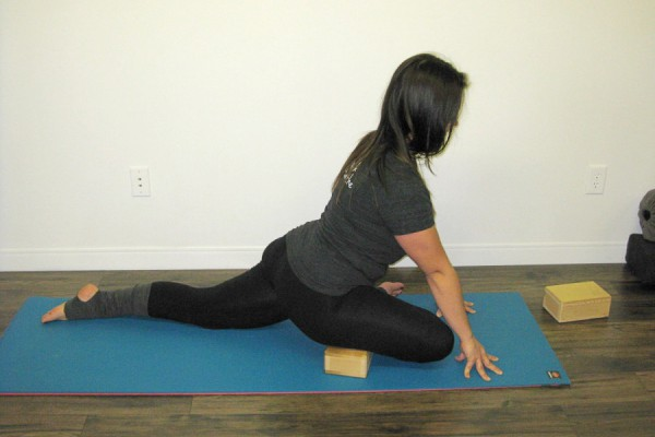 5 Variations Of Pigeon Pose For Different Practice Levels Doyou