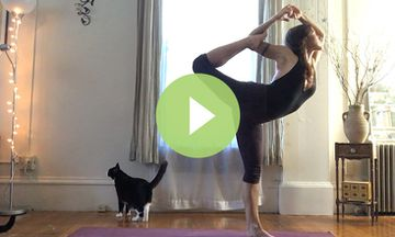 Watch This Dreamy, Timelapse Yoga Practice (VIDEO)