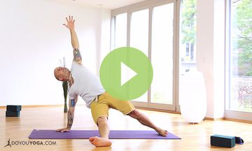 Strength Yoga for Men with Raghunath (VIDEO)