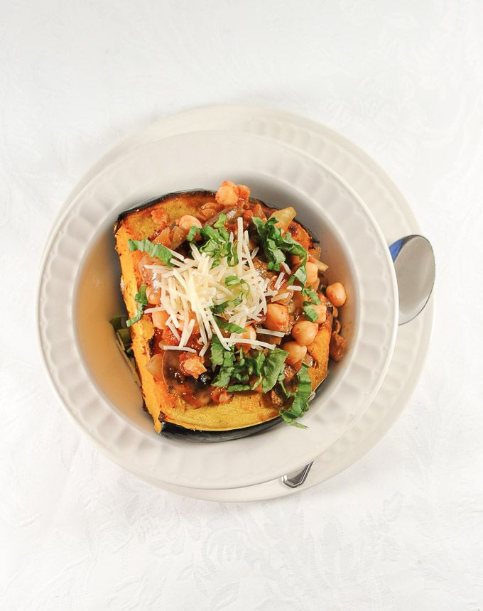 The 10 best healthy Thanksgiving Recipes - stuffed acorn squash