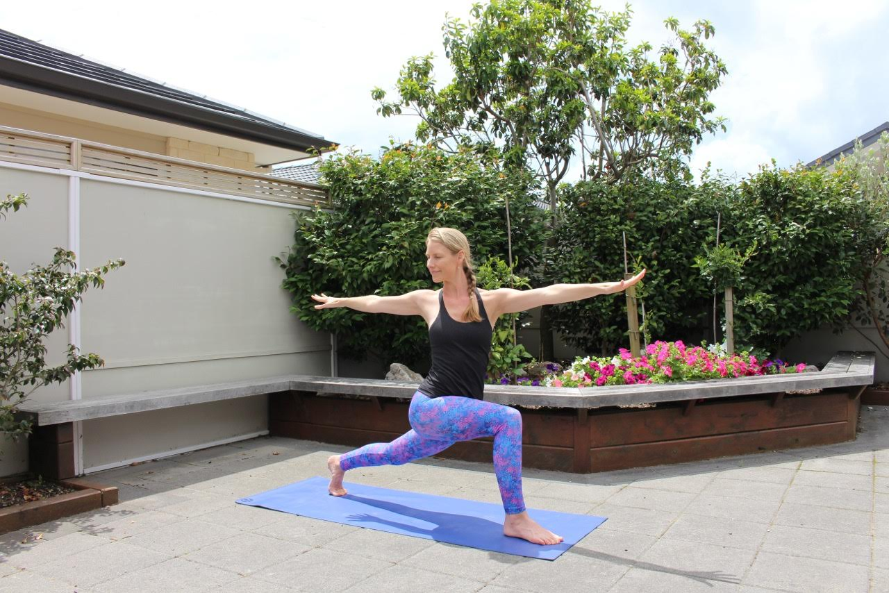 crescent lunge with twist