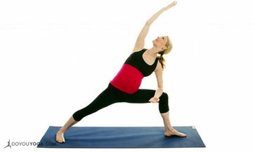 15-Minute Prenatal Yoga Routine To Fight Morning Fatigue