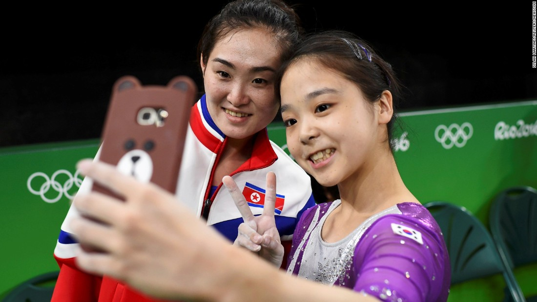 Five-Inspiring-Stories-from-the-Olympics-Korea-Selfie
