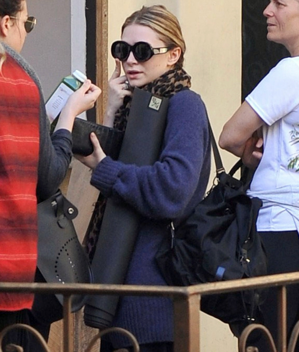 ashley olsen yoga
