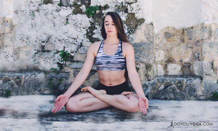 4 Ways Meditation Actually Helps You Lose Weight