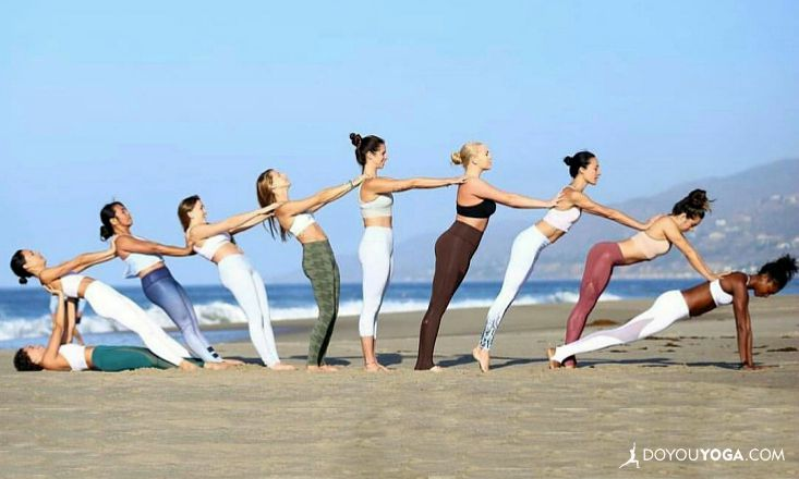 7 Reasons Why Yoginis Make the Best BFFs